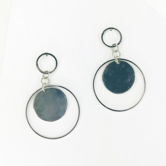 CLOSET REHAB Jewelry - Silver Circle Disc Drop Earrings